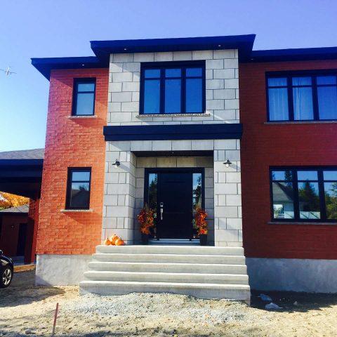 Maison en pierre et brique